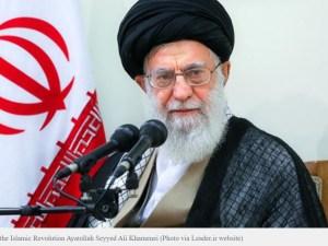 Ayatollah Khamenei Perintahkan Pembunuh Ilmuwan Iran Segera Dihukum