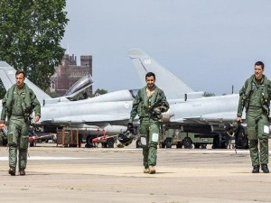 Menhan Inggris Konfirmasi Tewasnya Pilot Saudi di Yaman