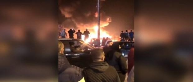 Video: Kamp Pengungsi Suriah di Lebanon Dibakar