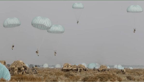 Pesan ke Musuh! Iran Gelar Manuver Serangan Udara Gabungan