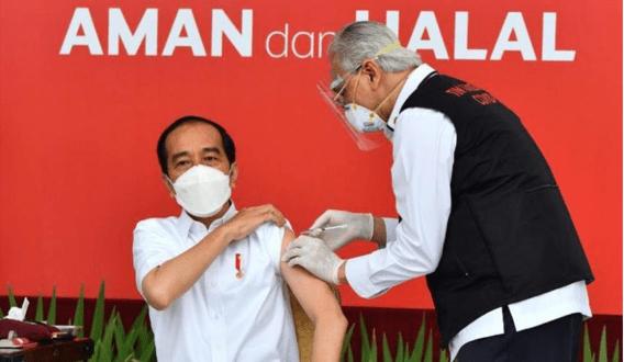 Dokter yang Suntik Vaksin Jokowi Seorang Habib Marga Al-Jufri