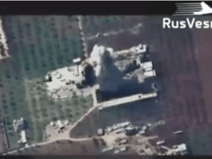 Jet Tempur Rusia Bombardir Gudang Senjata Teroris HTS