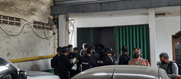 Terduga Teroris yang Ditangkap di Condet dan Bekasi Terkait Bom Makassar, Berperan Jadi Ahli Bom dan Bomber