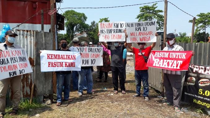 Demo Warga Rungkut, Fasum Senilai Rp800 Miliar Dijadikan Dealer