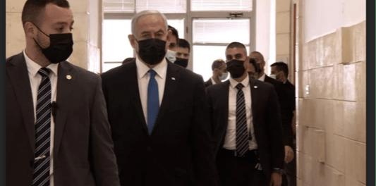 Pemerintahan Israel Kacau, Netanyahu Kembali Jalani Sidang Korupsi