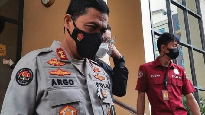Densus 88 Tangkap Ketua Tim Pengamanan Petamburan