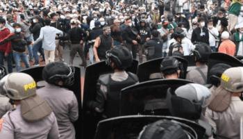 Polisi Tangkap Seorang Tim Hukum Habib Rizieq Shihab