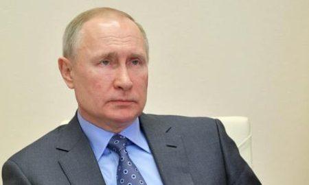 Susul AS, Putin Resmi Tarik Rusia dari Perjanjian Langit Terbuka