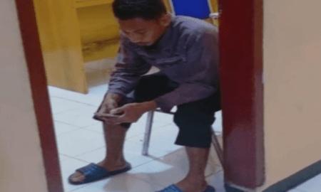 Pria yang Hina Habib Segaf Berjenggot dan Bercelana Cingkrang