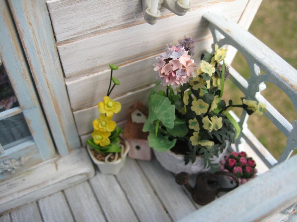 Un angolo shabby sul balcone di casa ecco come fare FOTO