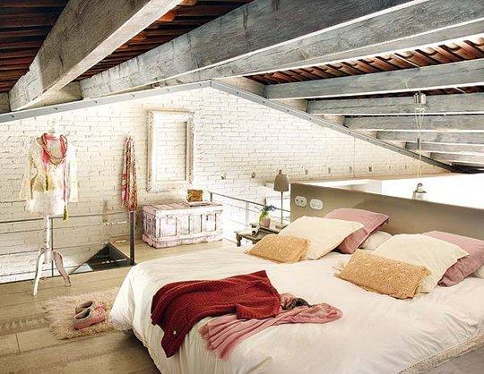 Quando lo stile moderno sposa lo shabby chic il loft - Camera da letto soppalcata ...