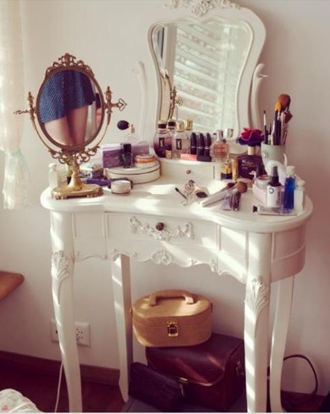 Toilette shabby chic una selezione di 20 modelli da sogno foto - Toletta da camera ...