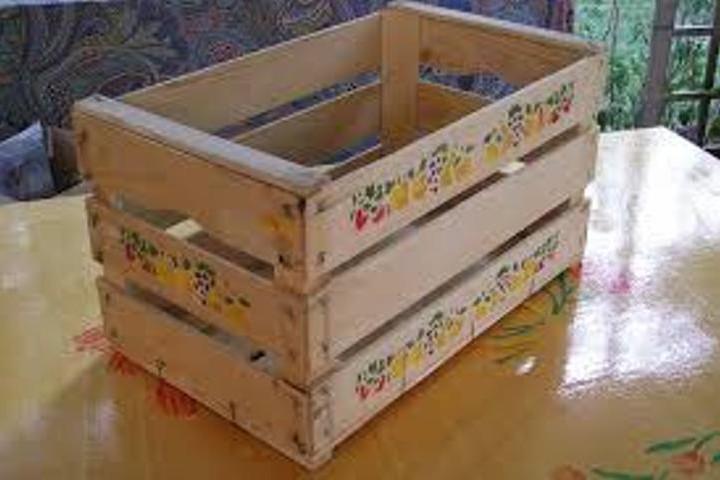 Come trasformare una cassetta di legno in stile shabby video - Decoupage su mobili in legno ...