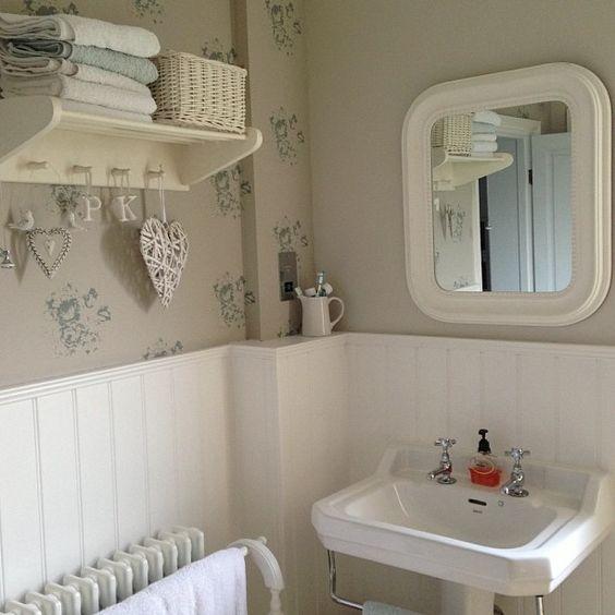 Come arredare un piccolo bagno in stile shabby consigli e foto