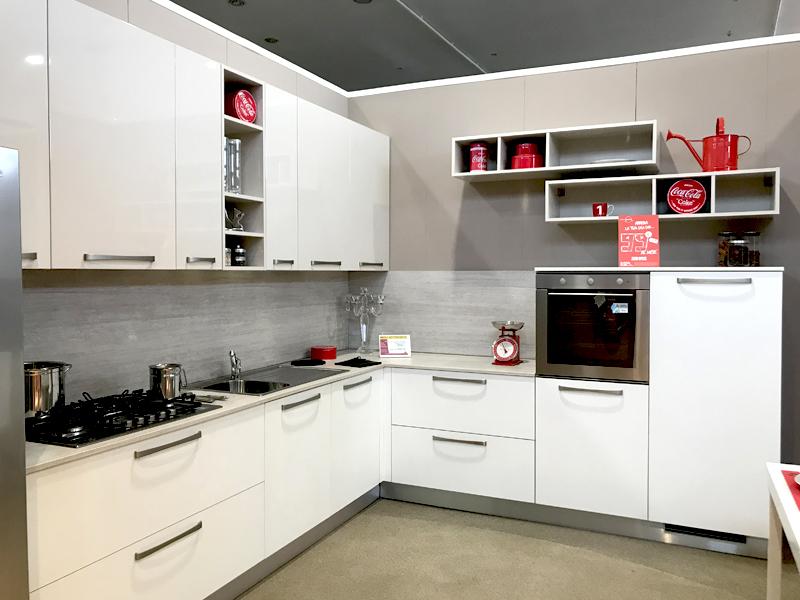 Cucina Angolare Rossa