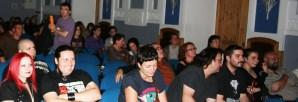 >ARRIBADA 2010 (25 de setiembre): Estrenu de la versión doblada n'asturianu de 'La nueche de los muertos vivientes'