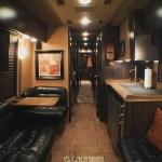 New Entertainer Tour Bus Vader Arrow Entertainer