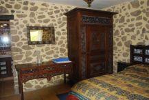 Muebles de Teka, traidos expresamente de Bali