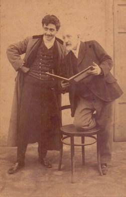 Edoardo e Fortunino Matania a Milano in una fotografia dell_ultimo decennio dell_ottocento