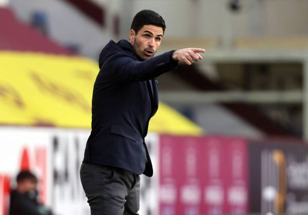 Mikel Arteta, financial trouble