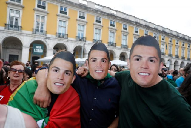 Fans With Masks