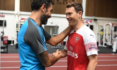 Robert Pires And Stephan Lichtsteiner