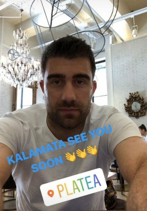 This is a picture which Sokratis Papastathopoulos posted on Instagram