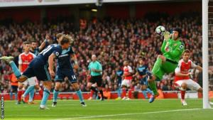 Petr Cech to the rescue as Arsenal draw a blank against Boro