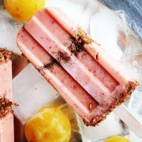 Try This---Peach And Plum Parfait Pops for Breakfast