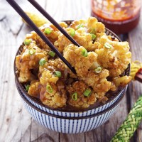 Try This: Spicy Honey-Garlic Roasted Cauliflower