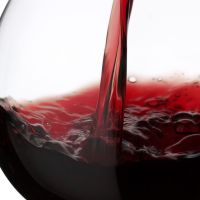 Homemade Anti-Aging Red Wine Facial Mask