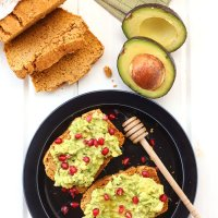 Try This--- 6 Avocado Toast Recipes That Are Perfect for Autumn and Winter