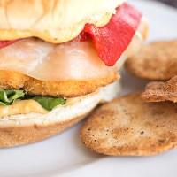 Try This--- Crispy Cauliflower Burger With Spicy Hummus Mayo