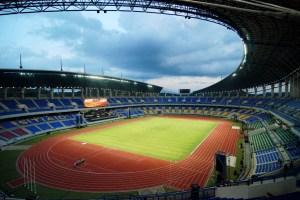 Stadion di Waktu Malam