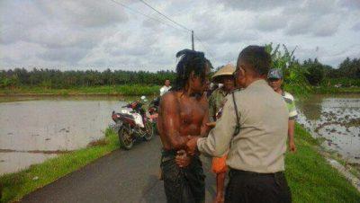 Orangnya di tangkap Pak Polisi
