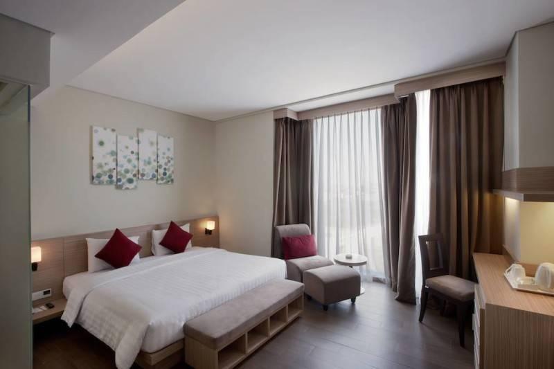 10 Desain Interior Kamar Hotel Kekinian untuk Liburan yang