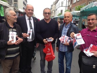 CHP Belçika Birliği seçimler için pazarlarda vatandaş ile buluşuyor