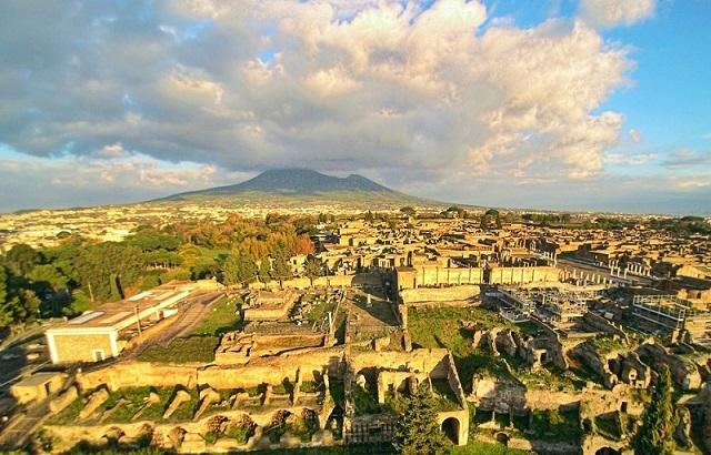 plinynin-mektuplari-ve-zamanin-durdugu-yer-pompeii-1