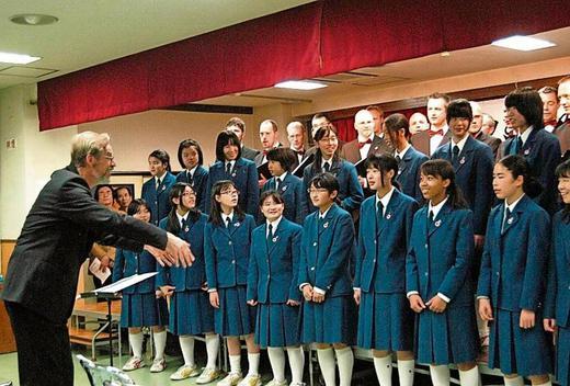 Konzert in Kawaskai gemeinsam mit dem Chor der örtlichen Highscool