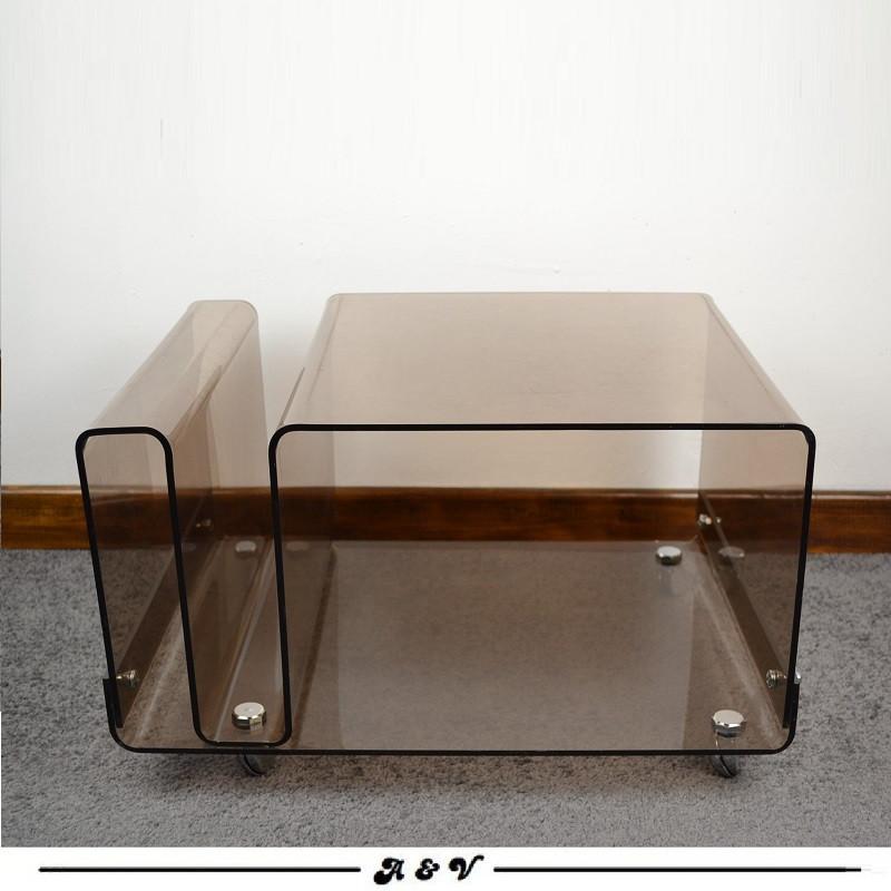 meuble en plexiglas fume vintage 70