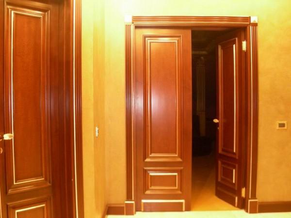 дверей из массива