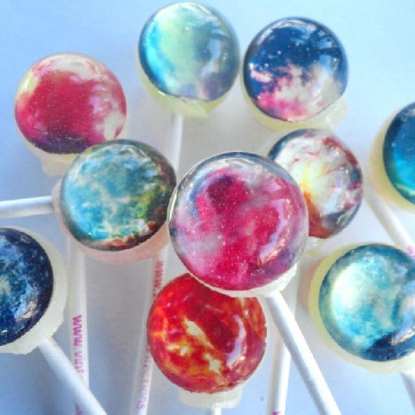 https://www.vintageconfections.com/products/nebula-10-flavor-gift-set-edible-image-lollipops-by-vintage-confections