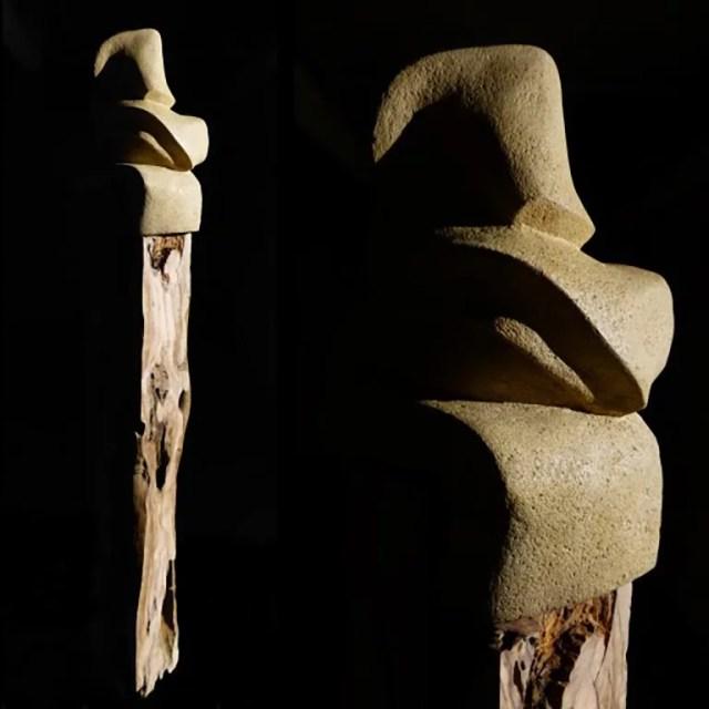 L'instant éternel 1 - Sculpture en Calcaire de Lacoste et bois d'olivier - Carole Kohler (b)