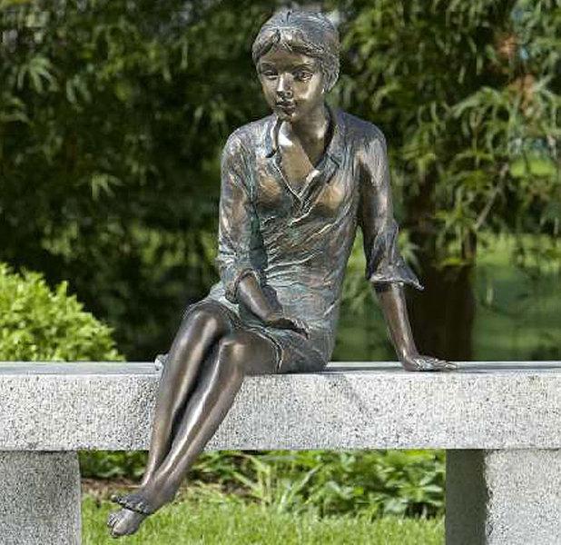 Rottenecker Bronze Gartenfigur BERRIT 88178 Skulptur  Art Jardin