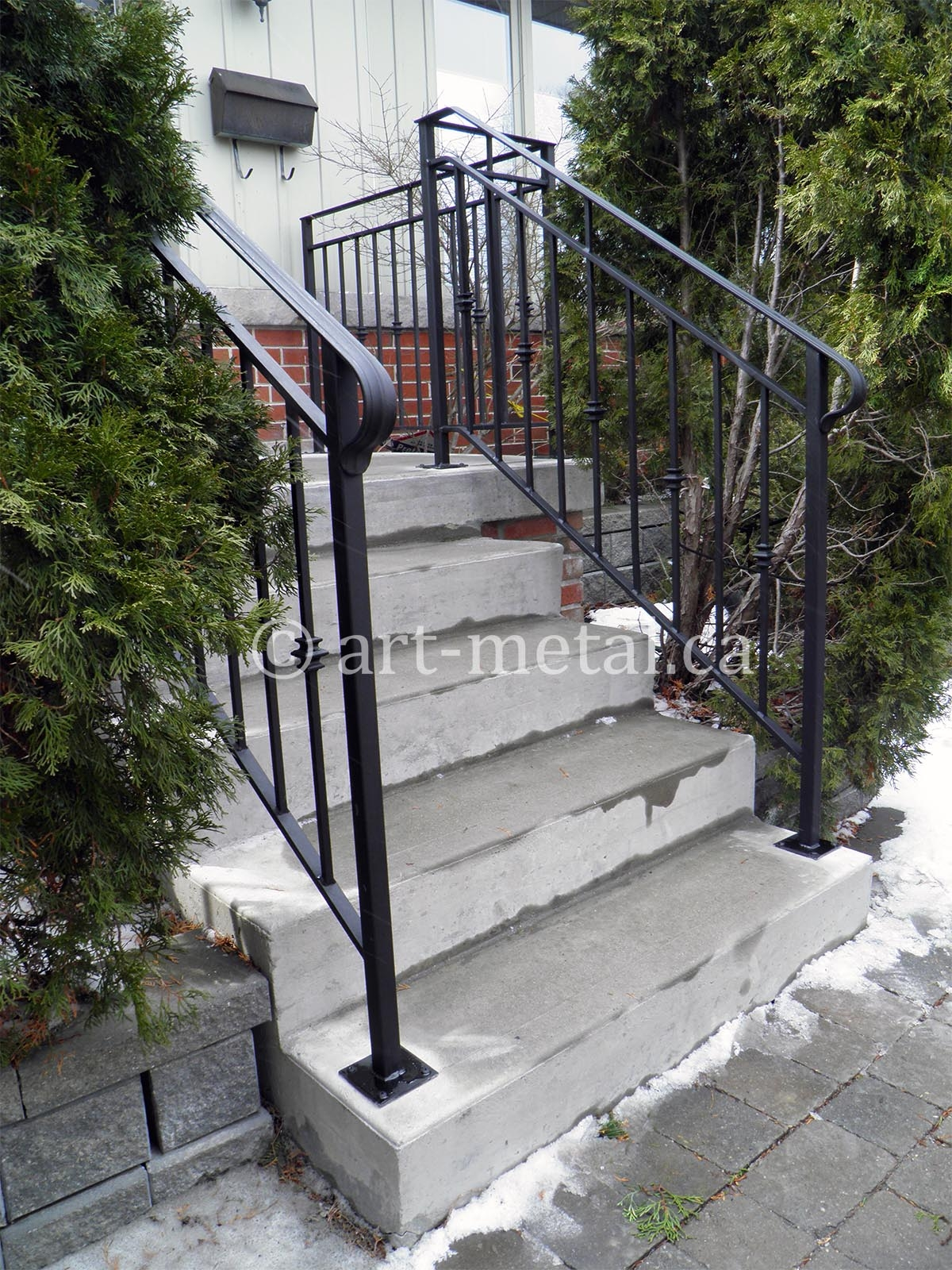 Metal Exterior Stair Railings Safe Steps And Handrails   Aluminum Railing For Outside Steps