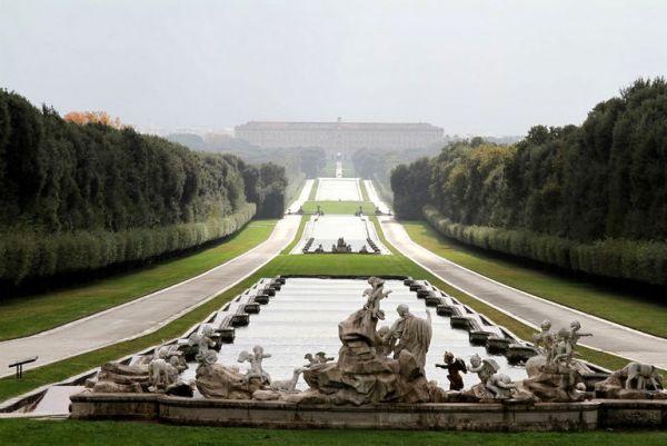Дворец Реджа ди Казерта: неаполитанский Версаль (Италия)