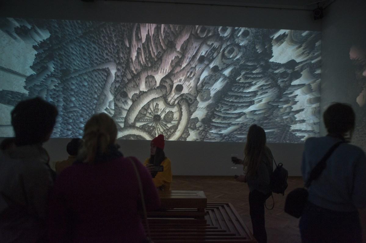 """Виставка """"Лабіринти Аксініна"""" у Національному художньому музеї України"""