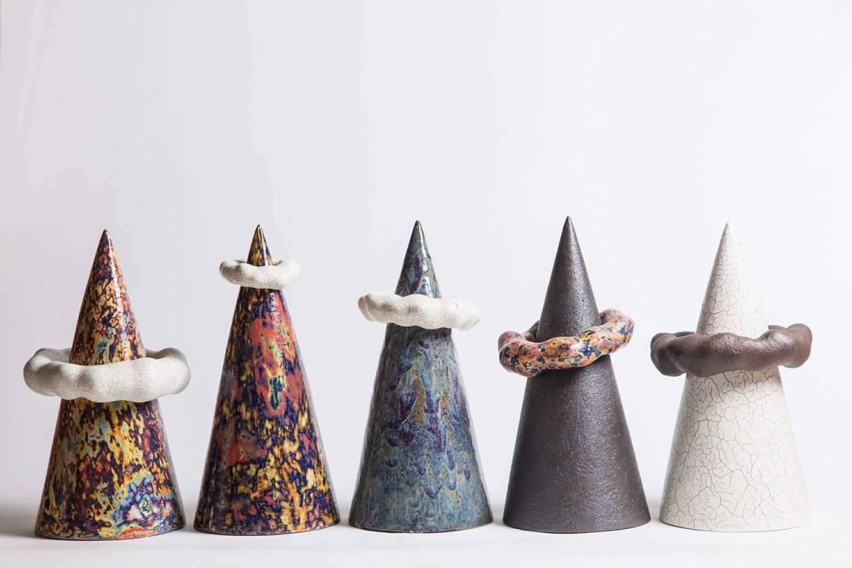"""Метафора жизни в керамике: выставка """"Мои горы"""" Юрия Мусатова"""