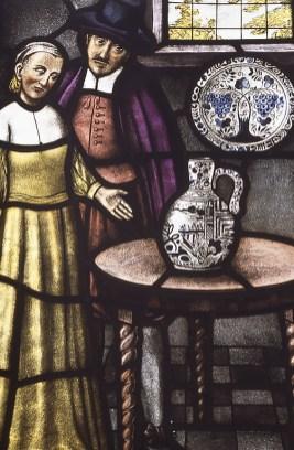 Antica vetrata a piombo con ceramiche a Delft