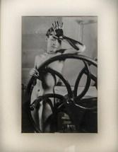 Meret ritratta da Man Ray